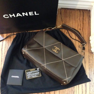 AUTHENTIC CHANEL Jumbo Maxi Classic Stitch Bag NWT